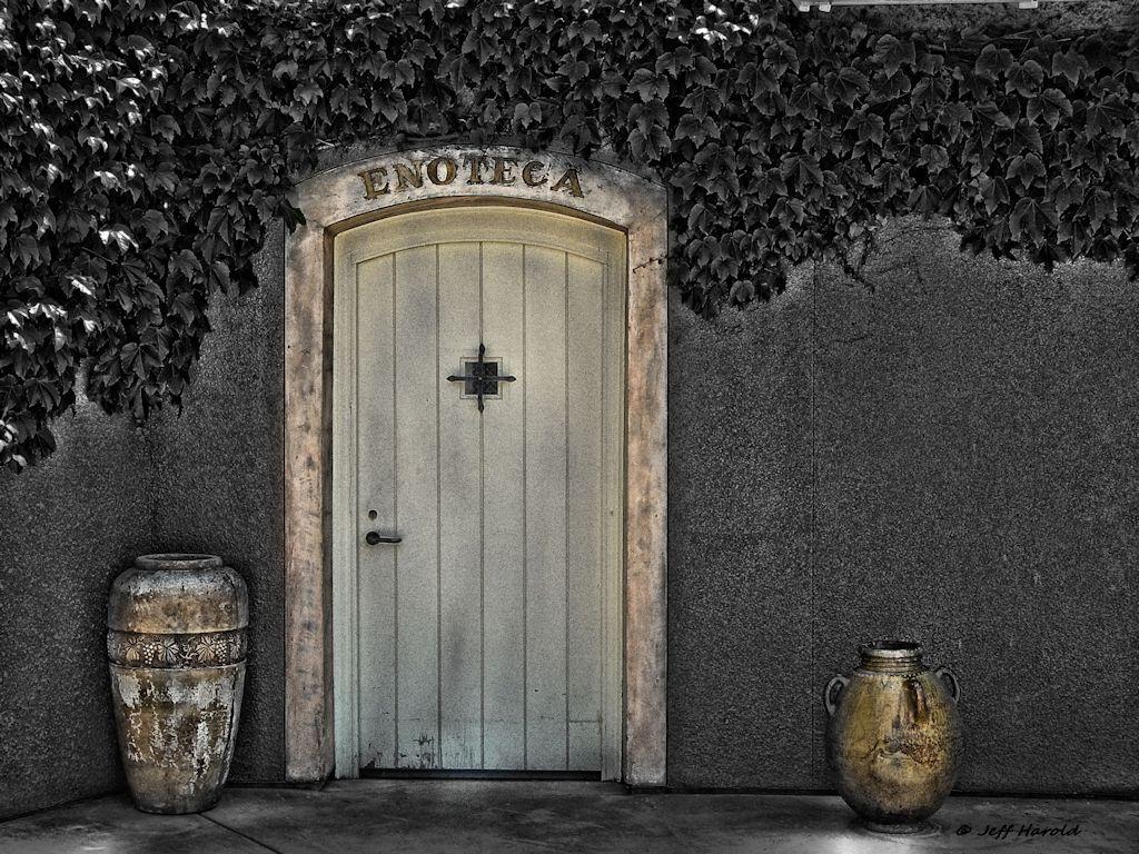 door wine repository