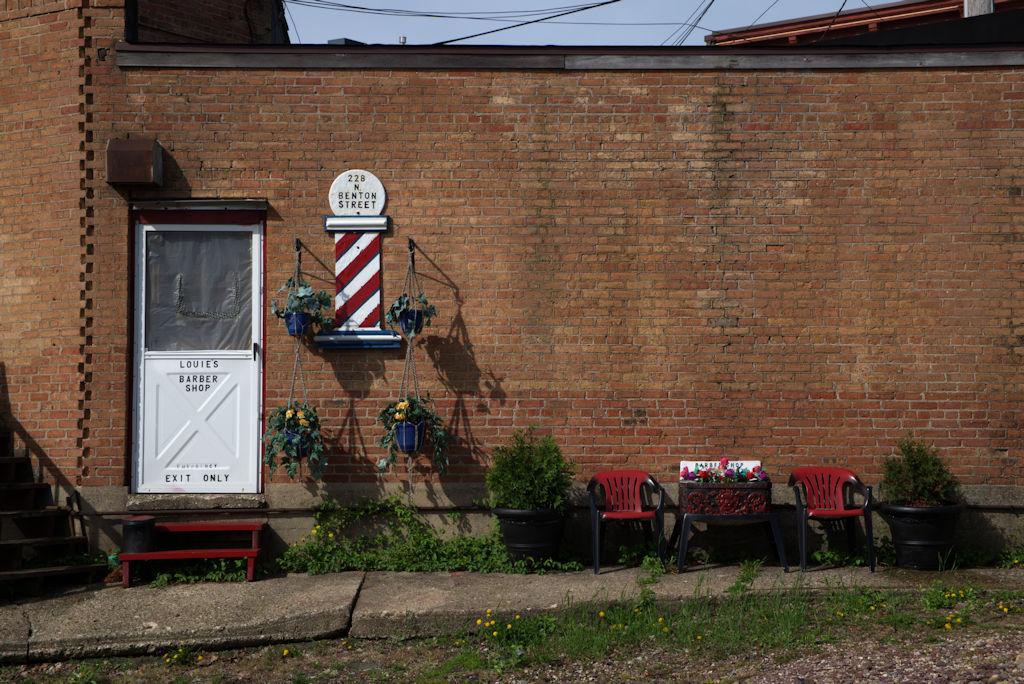 Louie's Barber Shop, Woodstock, IL